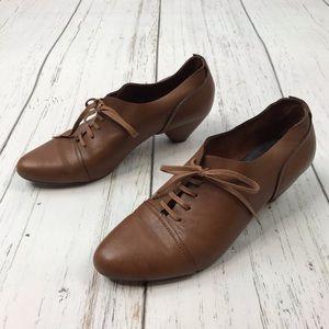 Vialis Brown Leather Oxford Lace Up Pumps Sz 40